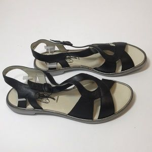 FLY London Cula Leather Woven Sandals